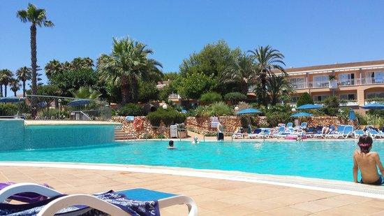 Hotel Apartamentos Princesa Playa: Pool