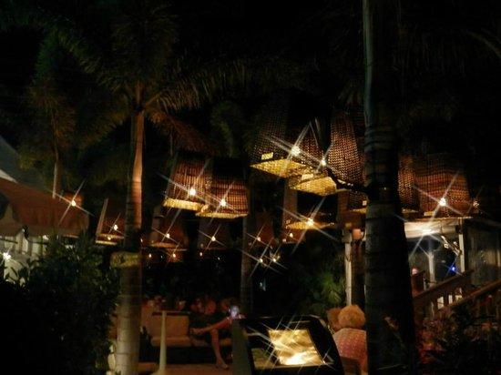 Grand Plaza Beachfront Resort Hotel & Conference Center : Bongos