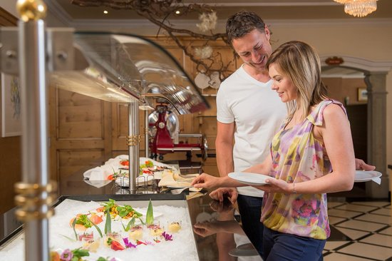 Hotel Cervosa: Genuss vom Buffet