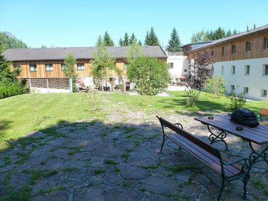 JUFA Hotel Bad Aussee: backyard view
