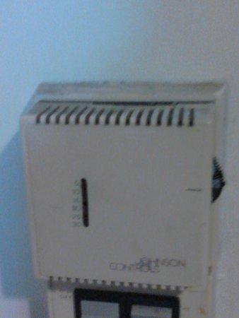 Pantip Suites Sathorn : climatisation crasseuse