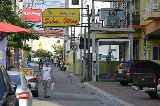 Sabai Wing : Hotel Street-