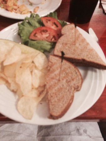 Ethan's Cafe: Chicken salad sandwich on toast!