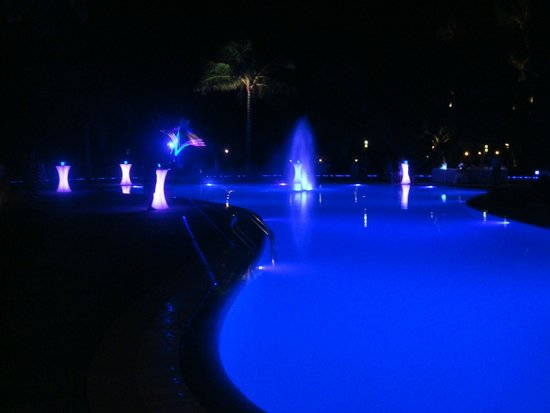 Kuredu Island Resort & Spa: pool