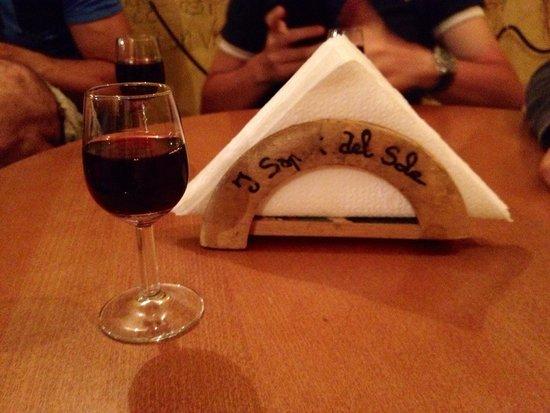 Enoteca Wine Bar I Sapori Del Sole : Bicchierino con passito d'Elba