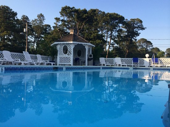 Chincoteague Inn: Pool(2)