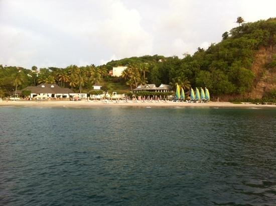 BodyHoliday Saint Lucia: View of the hotel and the bay