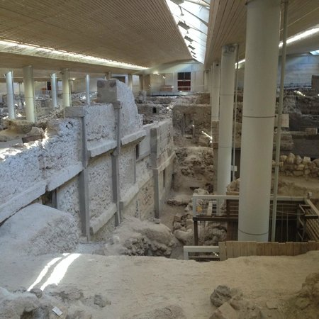 Akrotiri Archaeological Site : Дом в три этажа!