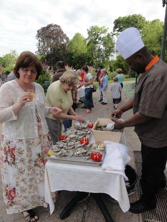 Odesia Vacances Village Club le Domaine de Seillac: Le buffet 14 Juillet avec le Chef