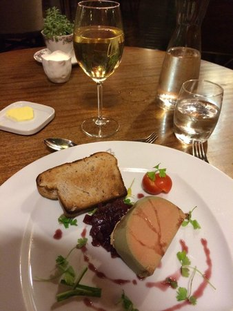 The Falcondale Hotel: Starters
