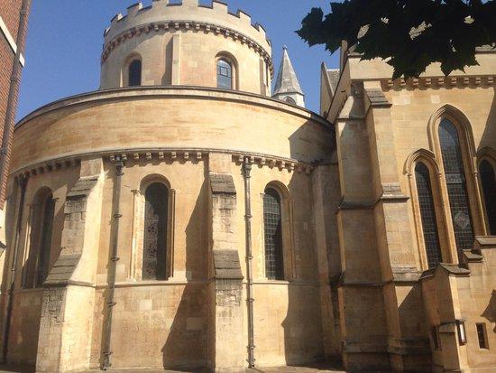 Temple Church: Circle