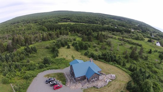 Blue Tin Roof Bed & Breakfast: Aerial Picture of the Blue Tin Roof B&B