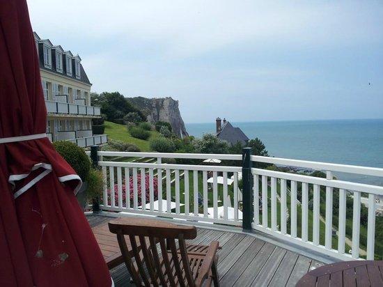 Hotel Dormy House : avec la terrasse en prime