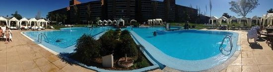 Arapey Thermal Resort and Spa: piscina central