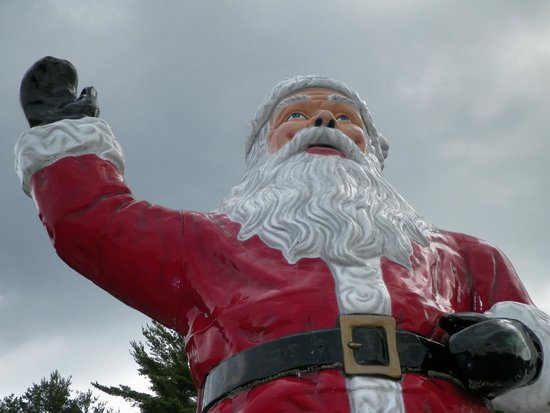 Magic Forest: Greeted by huge Santa