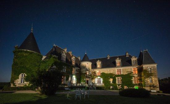 Château de La Côte : Le cahteau de nuit avec pleine lune