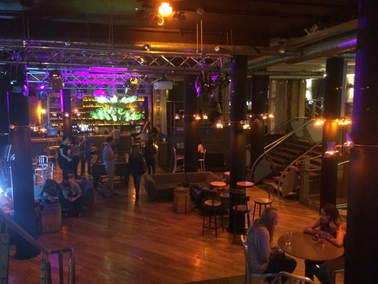 Generator Hostel Dublin: Bar
