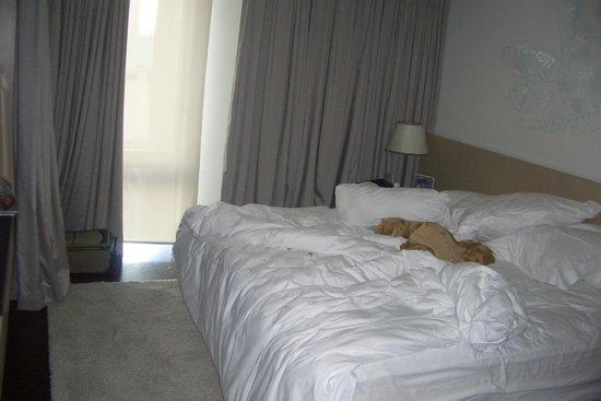 Naumi Hotel: Bedroom