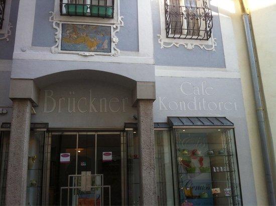 Cafe Brückner: Entrance - Eingang