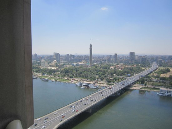 Ramses Hilton : A view from the balcony on the 25th floor, with the Nile and the Tower of Cairo.