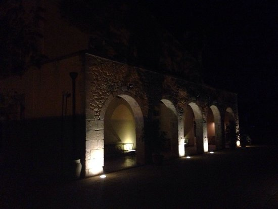 Hotel Caiammari: at night