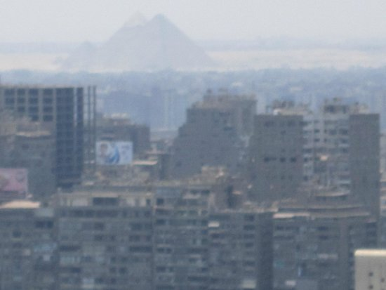 Ramses Hilton: A view from the balcony of a 25th floor room. The pyramids in the distance.