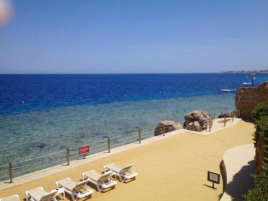 Stella Di Mare Beach Hotel & Spa : Beach