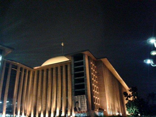 Istiqlal-Moschee (Unabhängigkeitsmoschee): Masjid Istiqlal