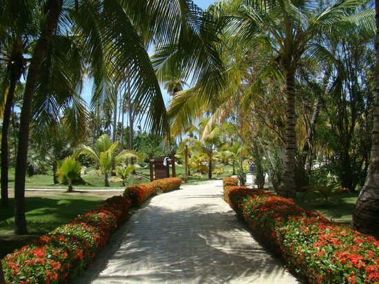 IFA Villas Bavaro Resort & Spa : direction la plage