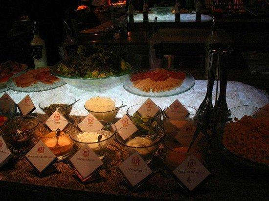Shangri-La Hotel,Bangkok: Breakfast buffet