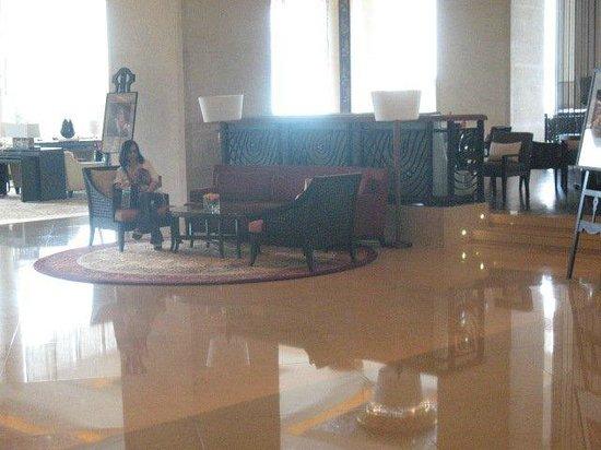 Shangri-La Hotel,Bangkok: Near the lobby area
