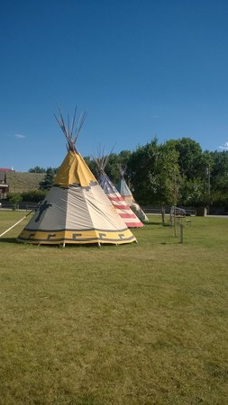 Ponderosa Campground: TiPis