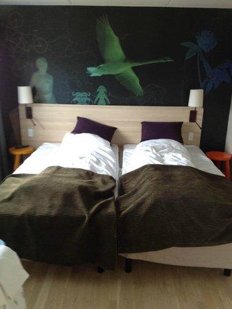 Scandic Hvidovre : Juniorsuite - Main bed (after sleeping)