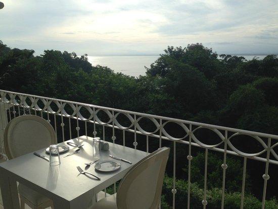 Shana By The Beach, Hotel Residence & Spa: Vista hacia el Pacífico desde el Restaurante