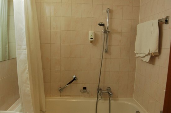 Hotel City Central: Ванная комната