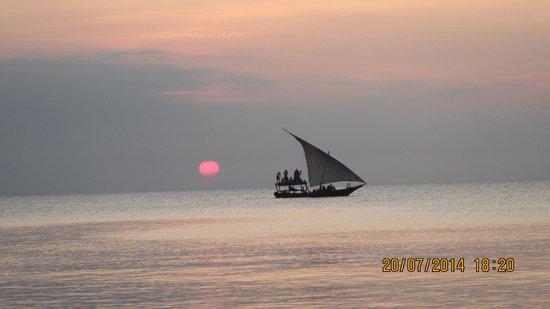 Diamonds La Gemma dell' Est : Sunset