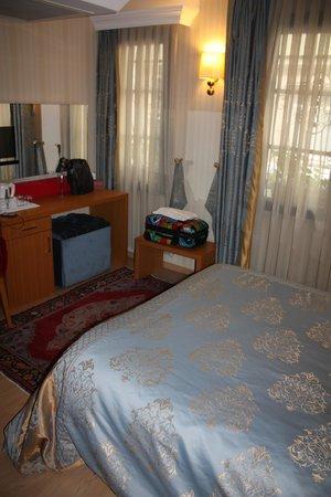 Almina Hotel: Bedroom