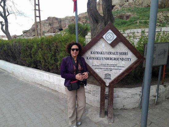 Kaymakli Underground City: Cartel en el ingreso