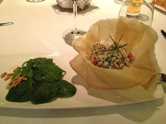 La Table: uf ensaladilla con cangrejos
