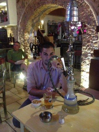 Raxati Cafe: Nargile Kai mpira fix!!!
