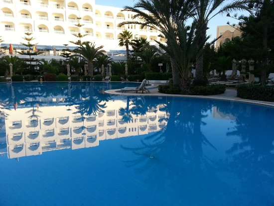 SENTIDO Aziza Beach Golf & Spa : pool area fantastic