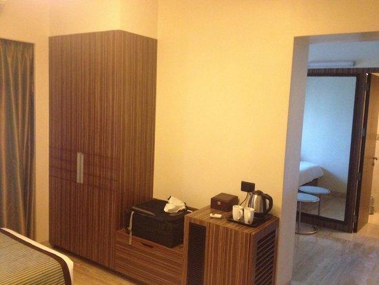 Residency Sarovar Portico: Room Interior