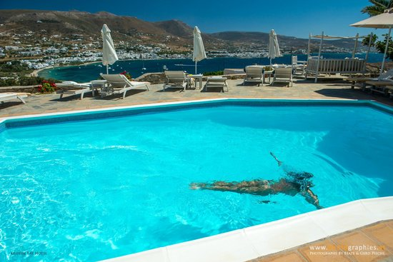 Krotiri Bay : Pool with phantastic sea view