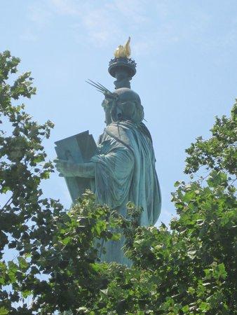 Statue de la liberté : vista lateral/trasera