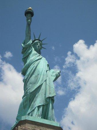Statue de la liberté : vista desde el paseo