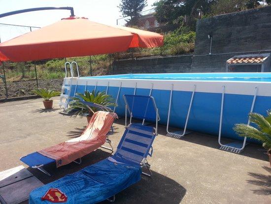 B&B Villa Dagala: Piscina, sdraio e ombrellone!