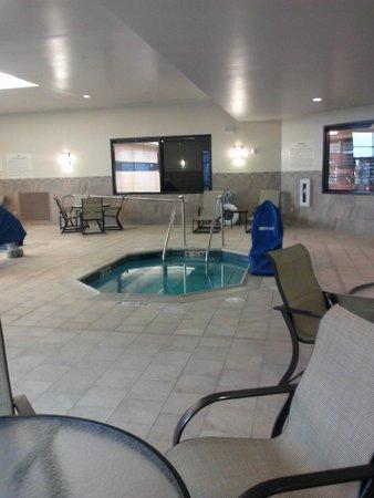 Hampton Inn & Suites I-35 / Mulvane: Spa