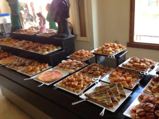 Charmillion Club Aqua Park : Bakery