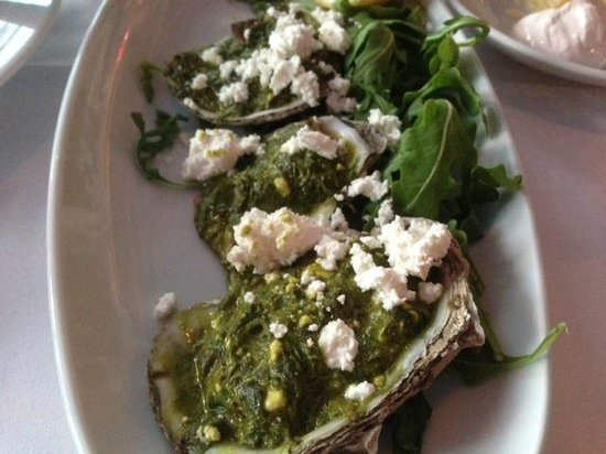 Ayse Meze: Oysters w/spinach and feta, hot, creamy, and wonderful.