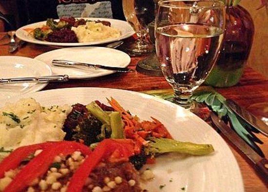 Kilauea Lodge & Restaurant : Very fine dining experience